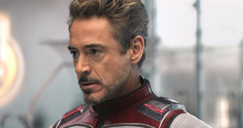 Robert Downey Jr. Apologizes for Disneyland Bust While Accepting