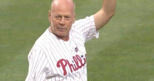 Bruce Willis Booed After Throwing Awful 1st Pitch at Phillies