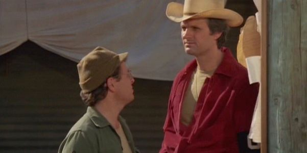 10 Jokes From M*A*S*H That Have Already Aged Poorly | ScreenRant