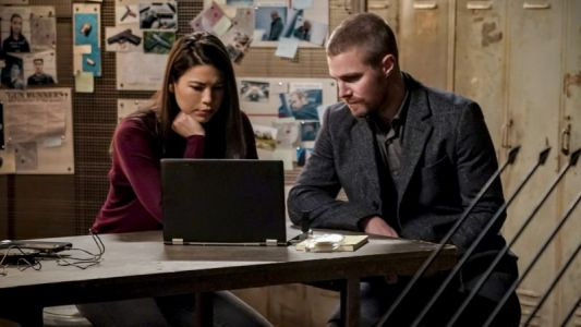 Arrow Episode 7.14 Photos: Brothers & Sisters