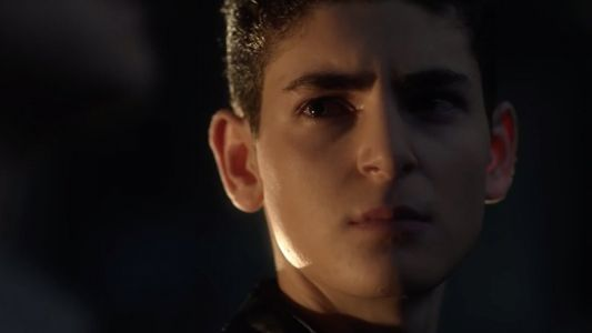 Watch Two Clips from the Gotham Season 5 Premiere