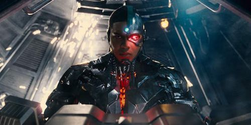 Justice League's Ray Fisher Still Wants Zack Snyder To Direct A Cyborg Movie