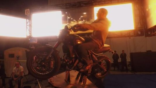 Exclusive Behind-The-Scenes Clip Shows How VENOM Pulled Off Those Sick Motorcycle Stunts