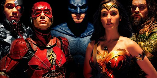 20 Mistakes Fans Completely Missed In Justice League