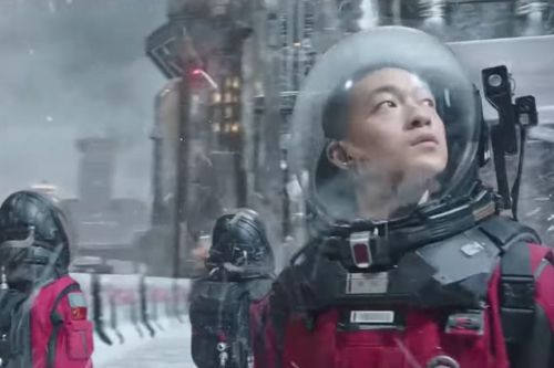 Netflix Acquires Chinese Smash Hit 'The Wandering Earth'