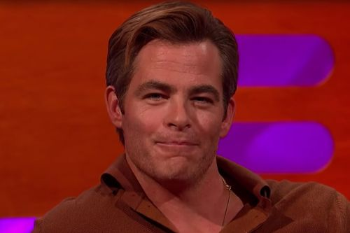 "Chris Pine Says the Reaction to His 'Outlaw King' Penis Scene Was ""Effin' Brutal"""