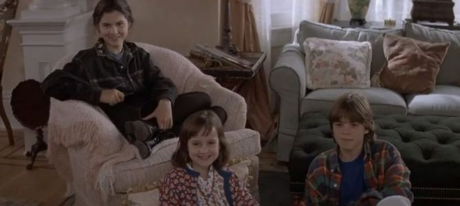 POTD: All the 'Mrs. Doubtfire' Kids Reunited with Pierce Brosnan 25 Years Later