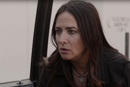 Pamela Adlon Battles With Her Bickering Children in FX's 'Better Things' Season 3 Trailer