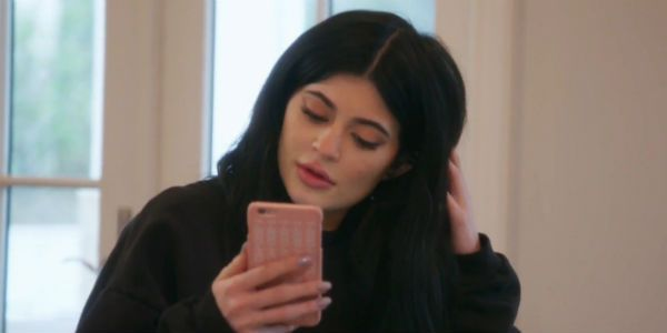 Kylie Jenner Cost Snapchat Over A Billion Dollars With One Tweet