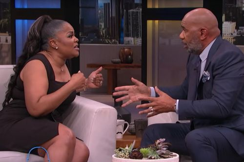 """Mo'Nique Says She's """"Ready to Punch"""" Steve Harvey in the Mouth During Tense Interview"""