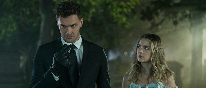 """'Into the Dark' Review: Hulu's Horror Anthology Series Kicks Things Off With """"The Body"""""""