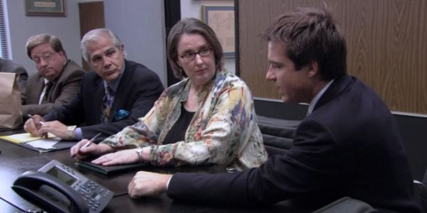Arrested Development: 8 Cameos From The Office Cast | ScreenRant