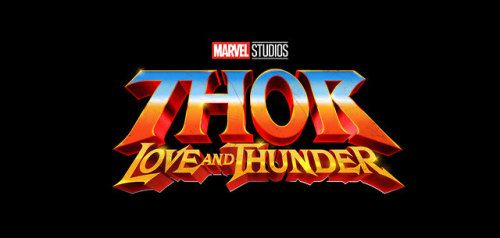 VIDEO: See Natalie Portman Lift Mjolnir After THOR: LOVE AND THUNDER Announcement At Comic-Con