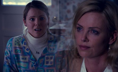 Movie Mini-Moment: Sandra Goes Unseen in Charlize Theron's 'Young Adult'
