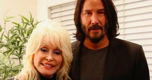 Keanu Meets Dolly & Fans Go Wild, Did Alex Winter Just Lose