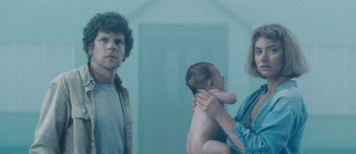 'Vivarium' Review: Imogen Poots and Jesse Eisenberg Are Forced to Be Parents in a Clever Yet Frustrating Conceit