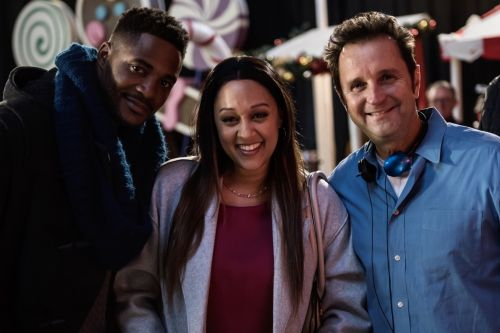 Actor/Director Richard Gabai Discusses His New Hallmark Channel Christmas Film 'A Gingerbread Romance'