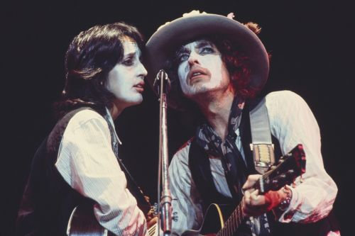 Stream It Or Skip It: 'Rolling Thunder Revue: A Bob Dylan Story by Martin Scorsese' On Netflix, A Documentary About Dylan's 1975 Tour