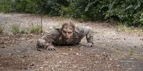 Check Out The Walking Dead's First Nude Zombie That Viewers Probably Missed