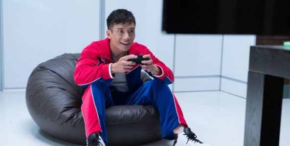 'Top Gun: Maverick' Enlists 'The Good Place' Actor Manny Jacinto