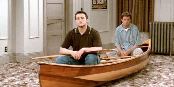 Friends Props Are Going Up For Auction - Including The Couch