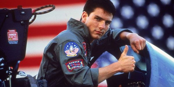 Tom Cruise Is Reportedly Learning To Fly Fighter Jets For Top Gun 2