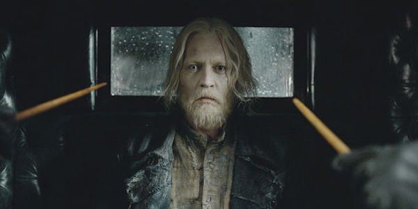 Why Grindelwald Has A Scary Eye in Fantastic Beasts 2, According To Johnny Depp