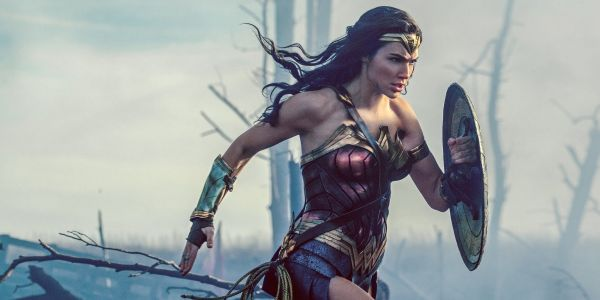 Gal Gadot Thanks Zack Snyder For Believing In Her As Wonder Woman