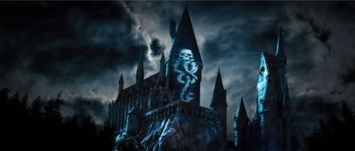 Universal's 'Dark Arts at Hogwarts' Show is Huge and Impressive - See a Patronus Spell Created With Drones