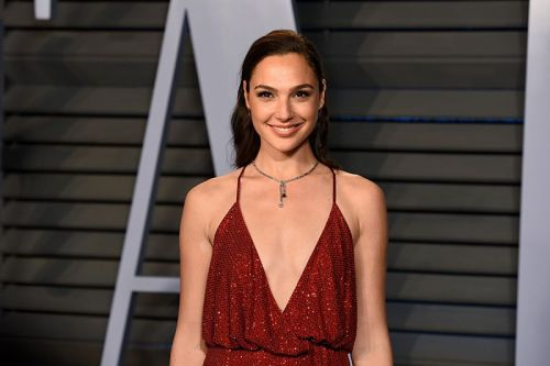 Gal Gadot Joins Red Notice Alongside Dwayne Johnson