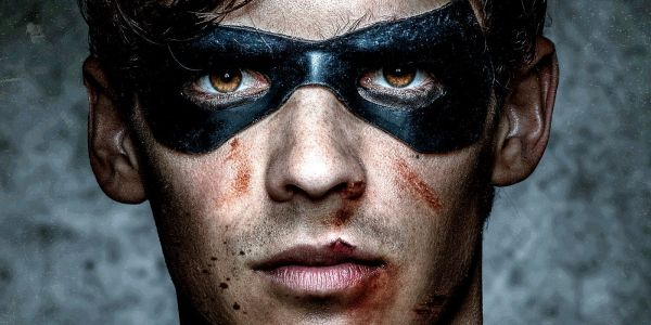 First TITANS TV Trailer Confirms Robin Hates Batman