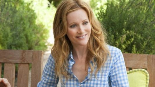Leslie Mann to Star in Feature Adaptation of Blithe Spirit