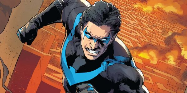 Nightwing Should Have White Eyes Mask, Says Director