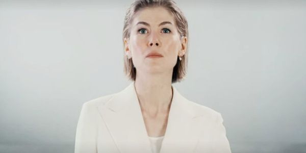I Care A Lot's Rosamund Pike Cared A Lot When 2011 Movie Poster Augmented Her Breasts