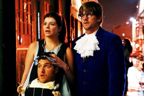 Of Course 'Happy Endings' Knew How To Do A Halloween Episode Correctly
