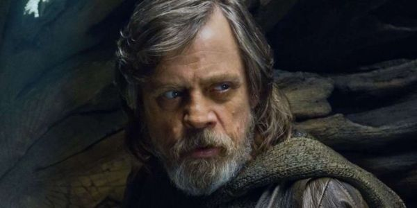 Watch Mark Hamill Surprise A Nurse And Star Wars Fan In Emotional Video