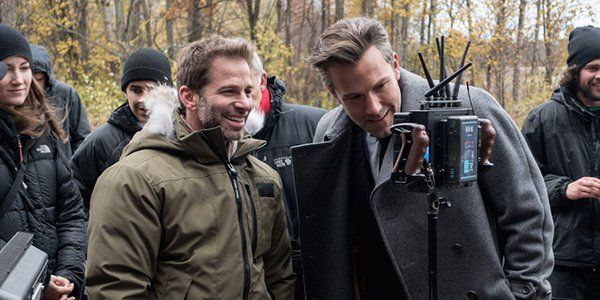 Zack Snyder Seemingly Gives Robert Pattinson's Batman His Approval