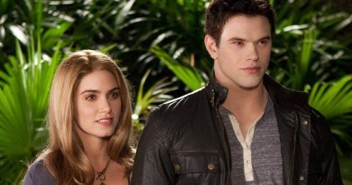 Twilight Star Kellan Lutz Thinks a Reboot Is a Bad IdeaKellan