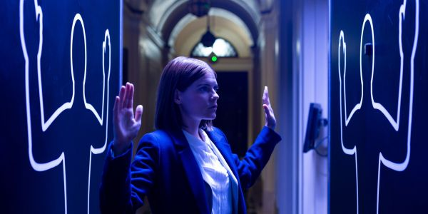 The Rook Series Premiere Review: A Low-Energy Bourne Identity/X-Men Mashup