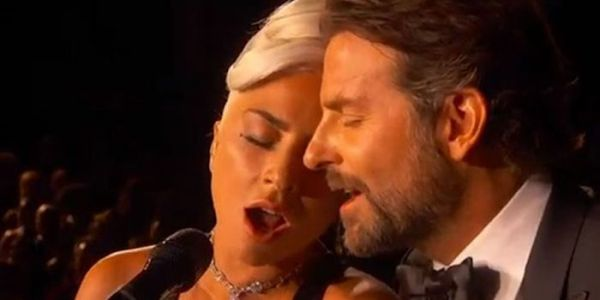"Watch Lady Gaga and Bradley Cooper Almost Kiss in Sensual ""Shallow"" Performance at the Oscars"
