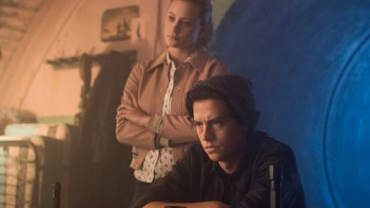 "RIVERDALE 3.02 Review ""Fortune And Men's Eyes"""