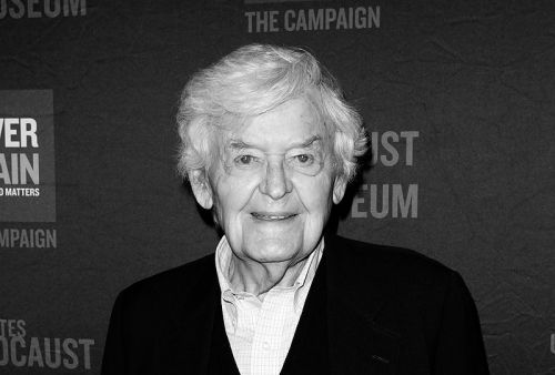 Legendary Actor Hal Holbrook Dies at Age 95