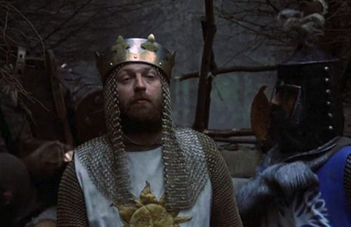 5 Reasons To Love 'Monty Python and The Holy Grail'