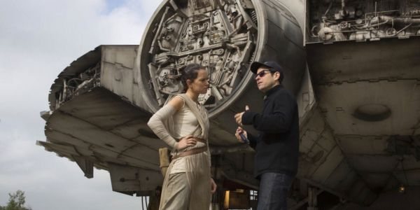 J.J. Abrams Says Last Jedi Complaints Won't Affect Star Wars 9