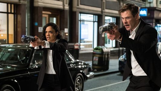 Chris Hemsworth Shares New Men in Black International Photo