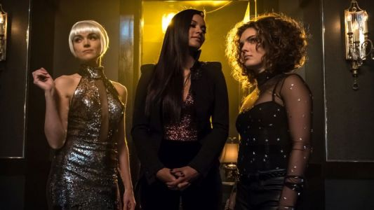Gotham Midseason Premiere Photos: Pieces of a Broken Mirror