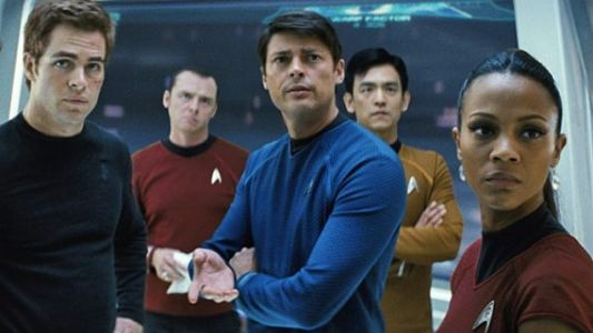 Karl Urban Says Tarantino's STAR TREK Might Want To Disembowel Someone