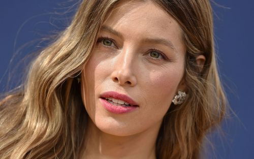 Jessica Biel Heads From 'The Sinner' to 'Limetown' for Facebook