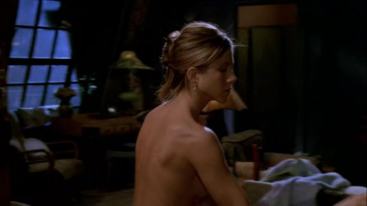 Was Jennifer Aniston really naked in front of the Friends audience?