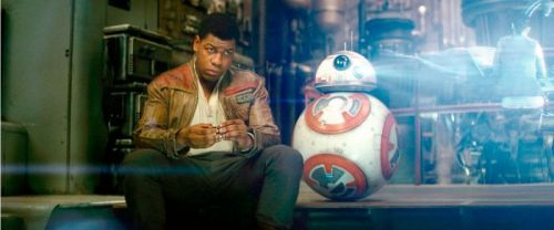 "John Boyega Teases ""Visually Crazy"" Moment in 'Star Wars: Episode 9'"